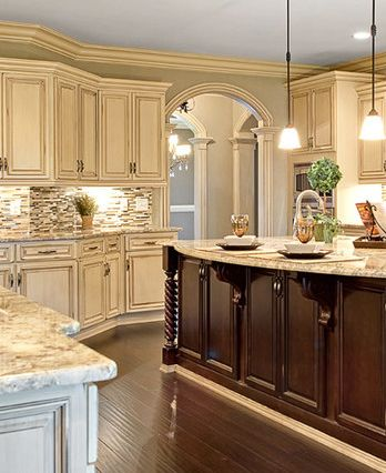 white antique kitchen cabinets
