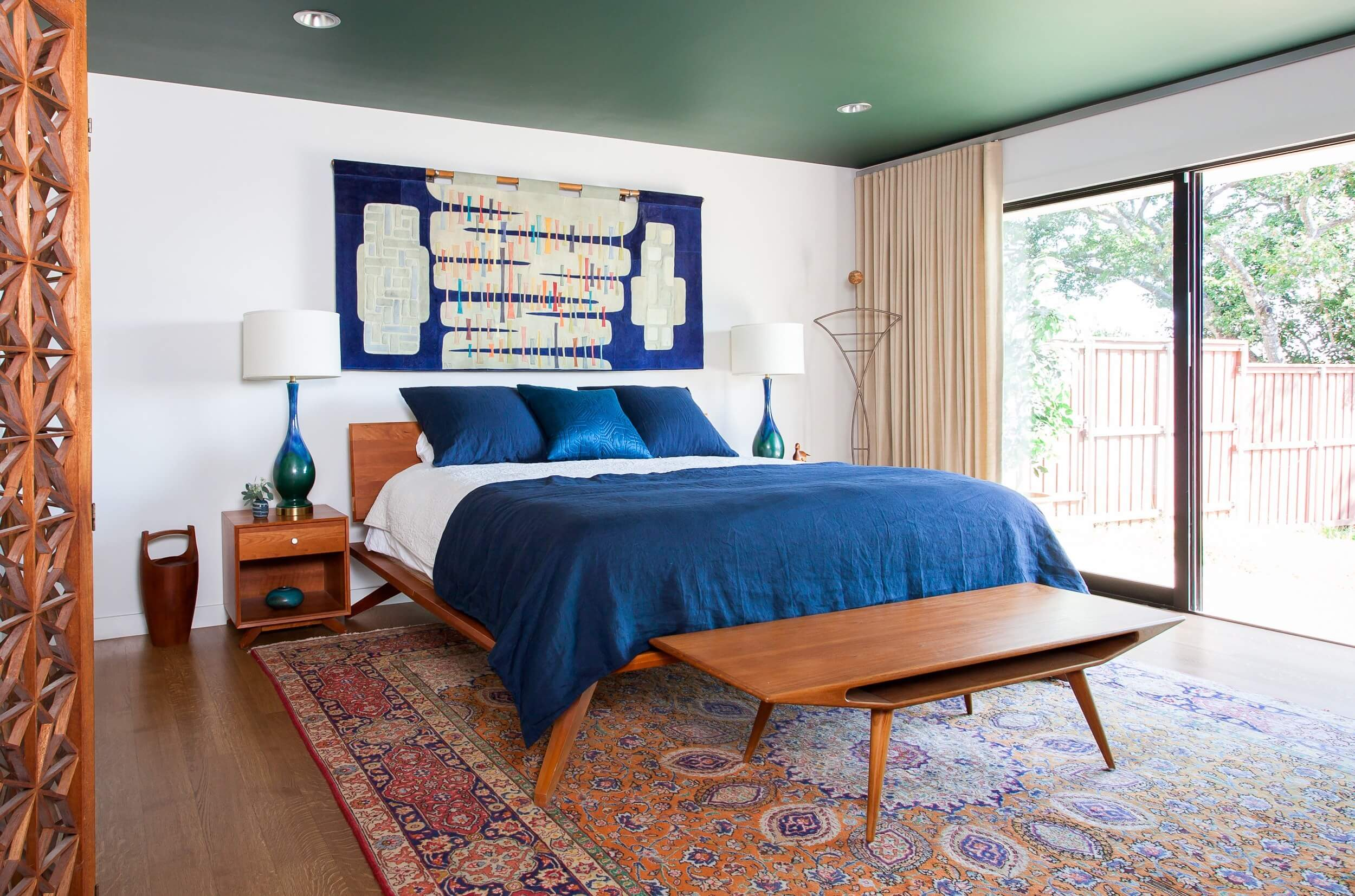 mid century modern interior design bedroom