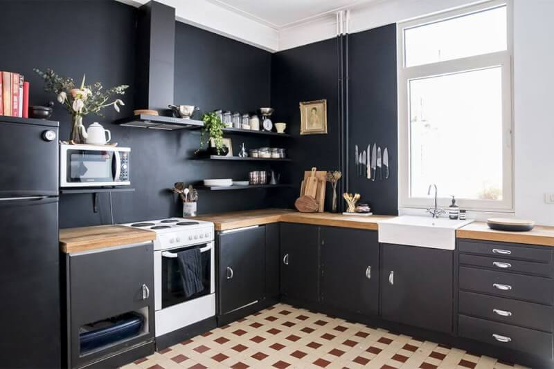 Customize Kitchen Flooring and Cabinet