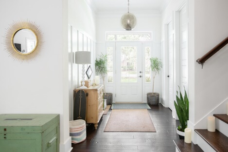 Repaint Your Hallway and Foyer with Energetic Color