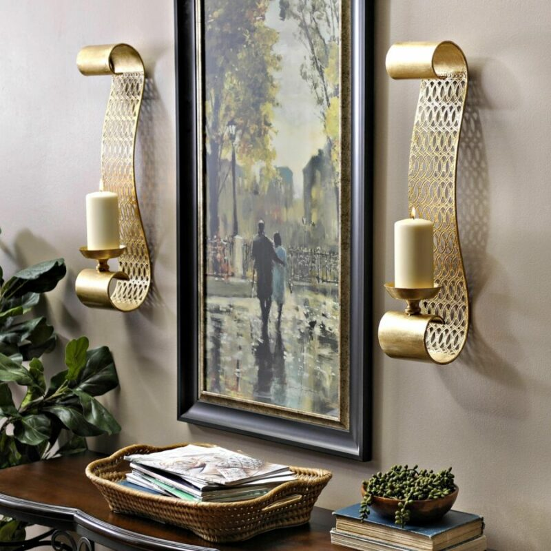 Decorate your walls with sconces
