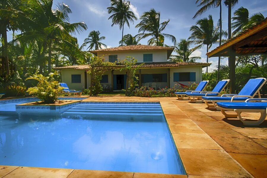 Factors to Consider When Building a Pool in Your Backyard